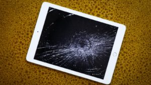 iPad Screen Replacement (How To Change Broken iPad Screen) | Joy of Apple