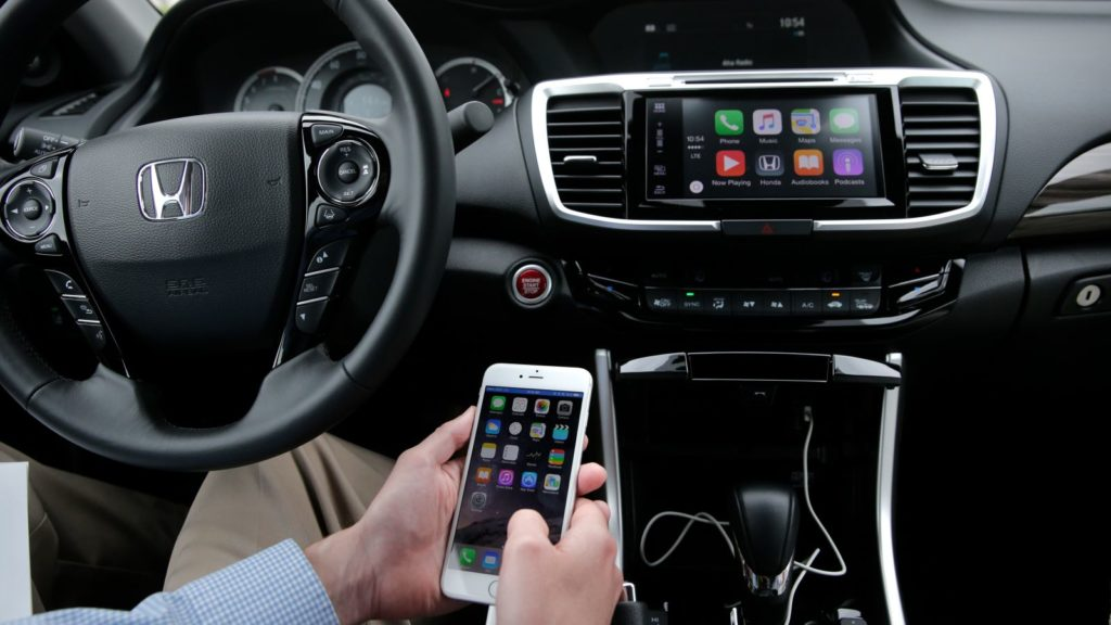 Having iPhone Car Connectivity Problems? Here Is How You Solve It!