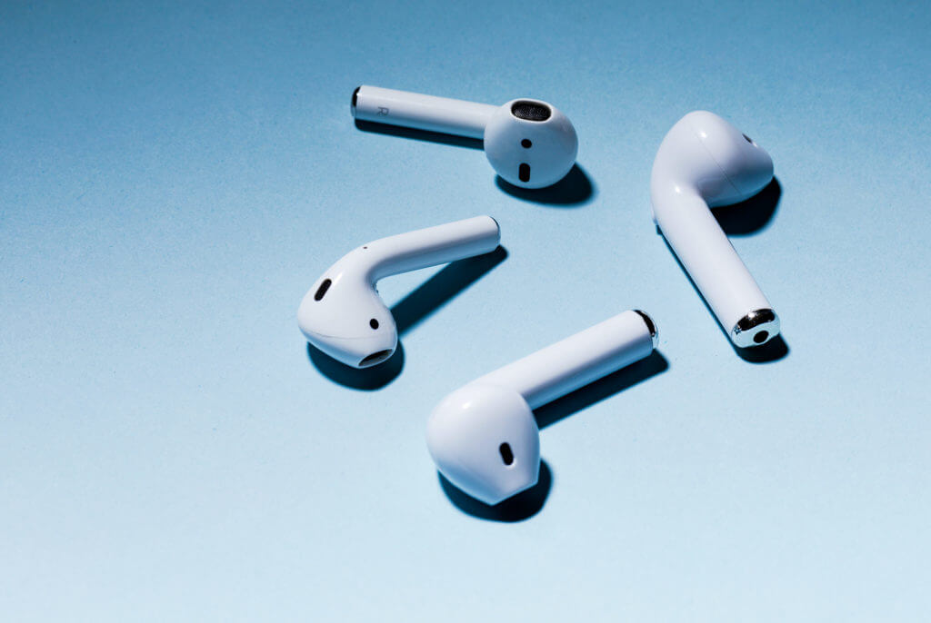 How To Tell If AirPods Is Original Or Fake? (A Complete Guide)