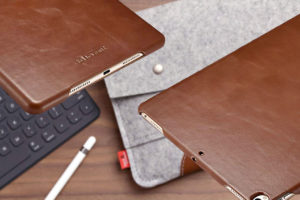 5 Best Smart Covers Leather iPad Cases (As Recommended by Experts)