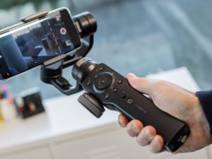 Zhiyun Smooth 4 iPhone Stabilizer: Performance & Functionality