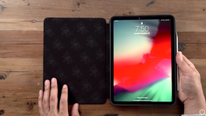 Muse case has a microfiber lining that protects the screen of the iPad Pro while it is closed (Photo credits to owner)