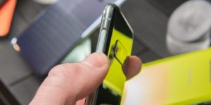 Samsung's Galaxy S10e built-in fingerprint reader in the power button